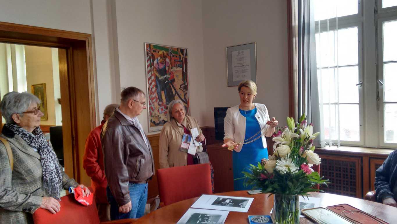 Bürgermeisterin von Neukölln, Franziska Giffey, in ihrer Amtsstube